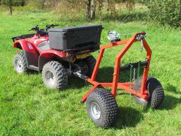 ATV transporte de troncos con equipo de cabestrante manual